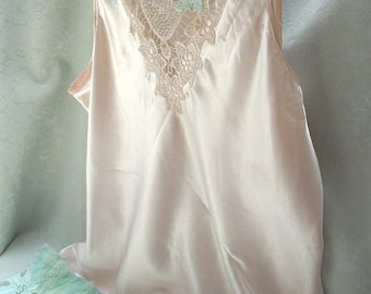 36% OFF Closet Cleaning TUNIC Top Whimsical Romatic Boho Ethereal Fairylike Light and Breezy - Soft Pink and Mint Green