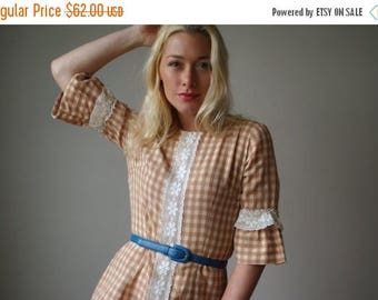 ON SALE 1960s Cream & Cocoa Gingham Dress~Size Extra Small to Small