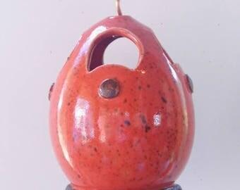 Lobster red - Highfired stoneware clay birdfeeder