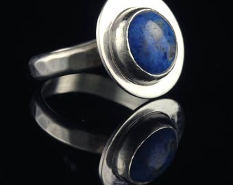 Sterling Silver Ring with a Bezel Set Lapis Lazuli Cabochon Set Stone - Size 6.5