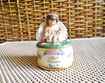 Music Box..Vintage Collectible Trinket Box..Jewelry Music Box ..Donna Brooks Angel's Kindness Collection.. Decoration..Porcelain Music Box..