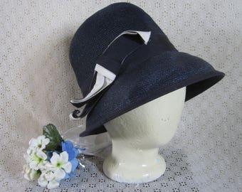 Vintage  1940's Navy Blue Rattan Cloche Fedora Women's Navy & White Grosgrain Ribbon Bow Retro Verastile Fun Chic Day Wear Theater Costume