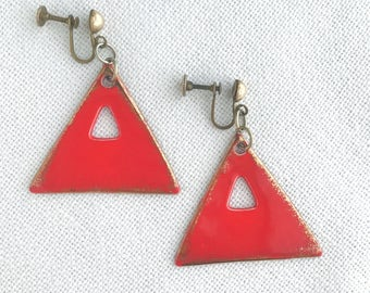 Vintage Ceramic Mod Geometric Triangle Screw Back Earrings / 1960s Glazed Boho Statement Dangle