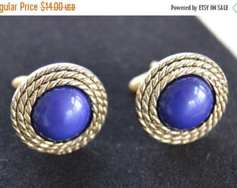 On sale Handsome Vintage Navy Blue Cuff Links, Gold tone (H17)