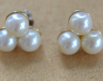 White Triple Pearl Pierced Earrings, Gold tone, Vintage (R3)