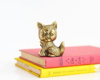 Mid Century Modern Brass Cat / Retro Brass Cat Figurine / Brass Kitten Figurine / Brass Cat Paperweight