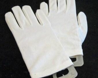 Wrist Gloves in White Vintage 50's