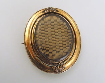 A Double Sided Victorian Hair Locket Brooch with Delicate Scroll Accent, 14k Yellow Gold Frame (A1300)