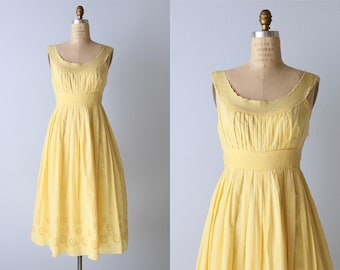 Vintage Yellow Sundress / 1980s Cotton Sleeveless Dress Size M / Pintucking Embroidery