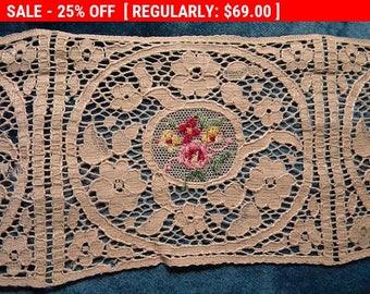 Pretty Vintage Lace Applique Trim Embroidery