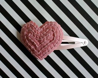 "Hair clip pink ""The Queen of hearts"""