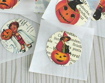 """1"""" Retro Halloween Stickers, Handmade Stickers, Envelope Seals, Paper Goods, Sticker Set, Project Life, Daily PLanner Set of 10"""