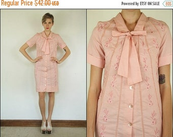 SUMMER SALE Vintage 60's Ascot Floral Embroidered Bow Dolly Preppy Cotton Pink Shift Mini dress XS S