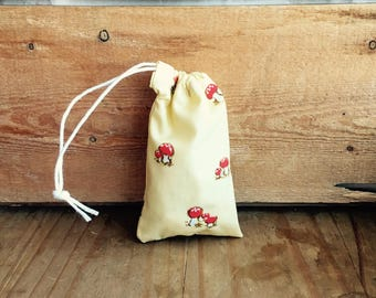Mini Drawstring Pouch - Reusable Gift Bag - Jewelry Pouch - Gift Card Bag - Mushroom Print