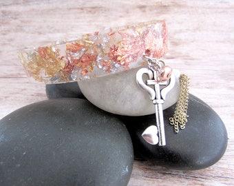 Resin Bangle - Womens Resin Bangle - Resin Bracelet - Clear Resin Bangle - Resin Jewelry - Copper Bangle - Charm Bangle - Charm Bracelet