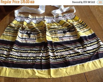 Vintage Black and Yellow Apron