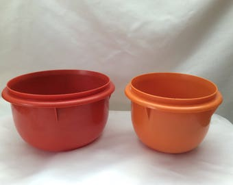 Two Fix and Mix Tupperware Mixing Bowls