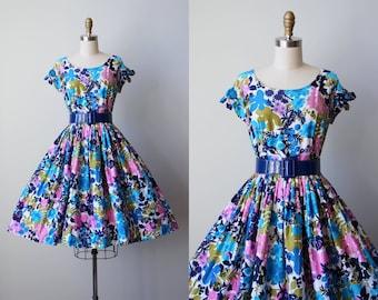 50s Dress - Vintage 1950s Dress - Blue Olive Hawaiian Print Cotton Full Skirt Peekaboo Sundress M - Lanai Dress