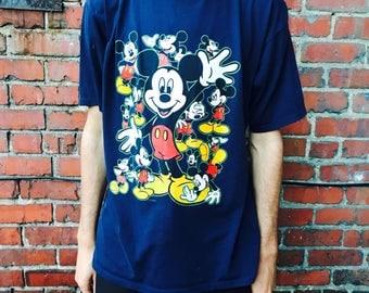 Vintage Mickey Mouse World Shirt XL