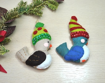 Vintage 1980 bird Christmas ornaments, hand sewn of felt and sequins, cute Christmas tree ornaments