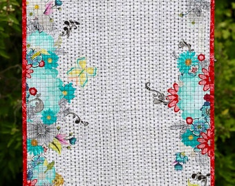 MarveLes FLORAL Modern Contemporary Table Runner  Topper Quilt Cherry Red Turquoise Grunge Black White dot background