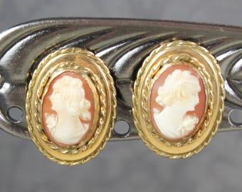 Vintage Bates & B 12K Gold Fill Shell Oval Cameo Screw Back Earrings