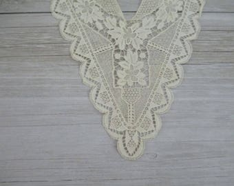 FREE SHIPPING Antique Vintage Lace Collar Trim