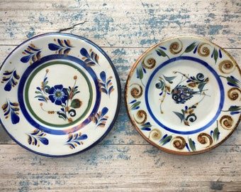 Two vintage small Mexican clay plates for the wall Tonala pottery