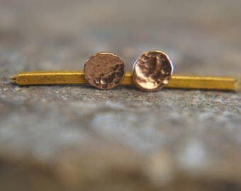 rose Gold Dotted  Studs//3-8 mm Tiny Earrings //Handcrafted Earrings//Minimalist Jewelry// Wedding Earrings//hammered gold studs//solid gold