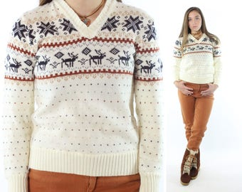 Vintage 70s Reindeer Sweater Ugly Christmas Ivory Knit V Neck Pullover 1970s Small S Townsley