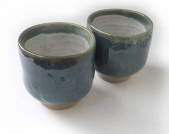 Yunami mugs, Pair