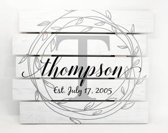 Personalized White Rustic Pallet Wood Monogram Design Family Name Sign Wood Slat Barn Wood Floral Wreath Staggered 15x18