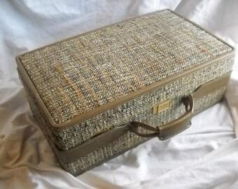 Hartmann Luggage Vintage Brown Tweed Suitcase Luggage