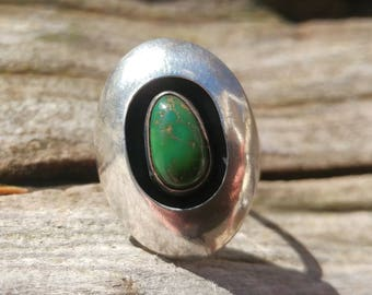 Antique Mexican Taxco Green Turquoise and Sterling Silver Ring Size 6