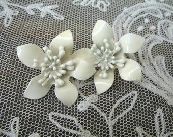 Vintage Enamel Flower Earrings ~ Clip On ~ Creamy White
