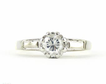 Vintage Diamond Engagement Ring, 0.30 ct Single Stone Diamond Ring in Baguette Engraved 18ct PLAT Setting. Circa 1940s.