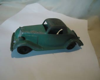 Vintage Hubley 404 Die-Cast Metal Toy Car Ford Roadster Coupe, collectable