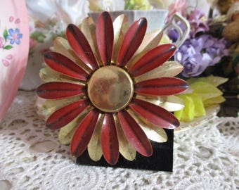 Vintage Costume Jewelry Brooch-Pin-Flower