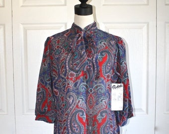 SALE 1970s Pussy Bow Blouse . Vintage 70s Red Blue Paisley Blouse with Ascot Secretary Bow or Belt . Dead Stock--Not Used . Size Large - 14