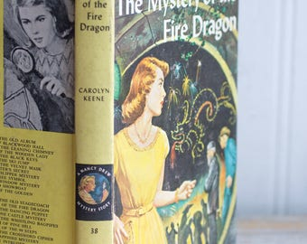 Vintage Nancy Drew Book, The Mystery of the Fire Dragon 38