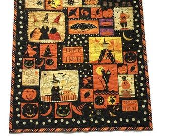 Halloween Trick or Treat Quilted Table Topper Wallhanging