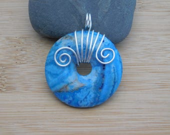 Blue Crazy Lace Agate 40mm Donut Bead Pendant Wire Wrapped in Silver wire Pendant Parawire Wire Wrapped Jewelry Handmade
