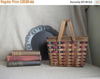 Memorial Day Vintage Picnic Basket with Cloth Lining / Patriotic Picnic Basket / Vintage Stars And Stripes Picnic Basket / 4th of July Picni