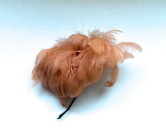 Vintage 1940's Peach Feather Fascinator/Hair Accessory!