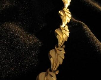 Vintage 50s MINT signed Enameled Gold Necklace