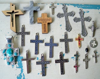 Lot of religious crosses - Lot of 20 items - Assemblage jewelry making supplies - Wood & metal - cheesegrits #32