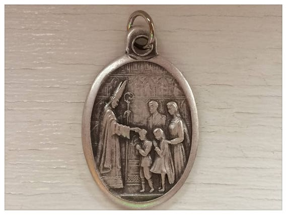 5 Patron Saint Medal Findings, First Communion, Holy Spirit, Die Cast Silverplate, Silver Color, Oxidized Metal, Made in Italy Charm, RM1002
