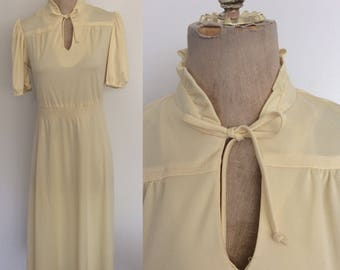 1970's Yellow Polyester Dress w/ Ascot Bow Size Medium Large by Maeberry Vintage