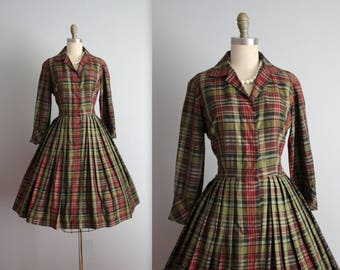 50's Shirtwaist Dress // Vintage 1950's Rich Plaid Full Pleated Garden Party Picnic Shirtwaist Dress S