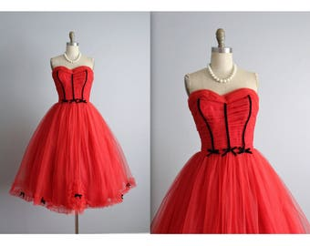 50's Prom Dress //  Vintage 1950's Strapless Red Tulle Wedding Party Prom Dress S